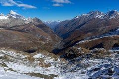 Paesaggio stupefacente delle alpi svizzere e di Zermatt Immagini Stock Libere da Diritti