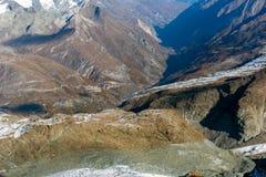 Paesaggio stupefacente delle alpi svizzere e di Zermatt Immagine Stock Libera da Diritti