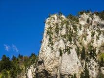 Paesaggio a sud della Francia, Rochecolombe, Drome, Rhone, alpi Fotografie Stock