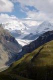 Paesaggio svizzero della montagna Fotografia Stock