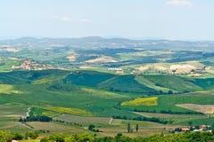 Paesaggio tipico con le colline - Toscana, Italia della Toscana Fotografia Stock
