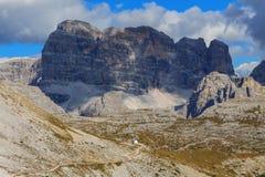 Paesaggio tipico della montagna nelle dolomia Fotografie Stock