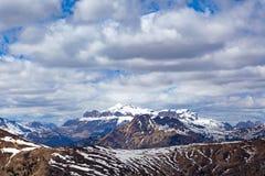 Paesaggio tipico della montagna nelle dolomia trav in Italia, Europa Fotografie Stock Libere da Diritti