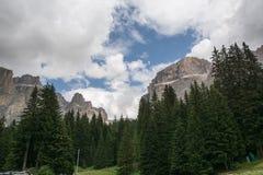 Paesaggio tipico delle dolomia di estate Fotografia Stock Libera da Diritti