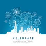 Paesaggio urbano con i fuochi d'artificio di celebrazione Fotografie Stock