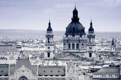 Paesaggio urbano con la basilica di St Stephen, Budapest, Ungheria Fotografia Stock