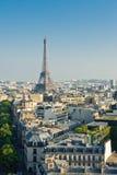 Paesaggio urbano con la torre Eiffel Immagine Stock