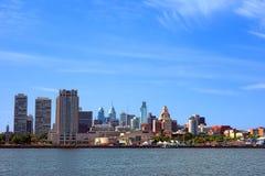 Paesaggio urbano concentrare del centro del fiume di Filadelfia della città Fotografie Stock Libere da Diritti
