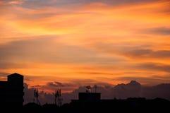 Paesaggio urbano crepuscolare del cielo Fotografie Stock Libere da Diritti