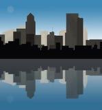 Paesaggio urbano del centro al crepuscolo illustrazione di stock