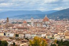 Paesaggio urbano del centro della città di Firenze in autunno Immagine Stock