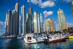 Paesaggio urbano del porticciolo del Dubai, UAE Immagine Stock Libera da Diritti