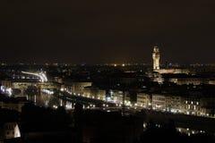 Paesaggio urbano dell'antenna di notte di Firenze Fotografie Stock