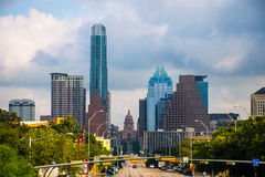 Paesaggio urbano dell'orizzonte di Austin del ponte del viale del congresso Fotografie Stock Libere da Diritti