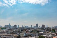 Paesaggio urbano di Angkok, centro di affari con alta costruzione Fotografia Stock Libera da Diritti