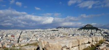 Paesaggio urbano di Atene e della collina di Lycabettus immagini stock