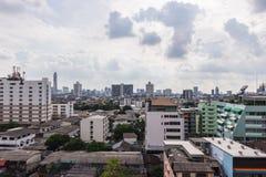 Paesaggio urbano di Bangkok, distretto aziendale con alta costruzione Fotografia Stock