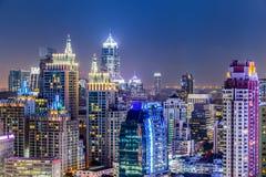 Paesaggio urbano di Bangkok, distretto aziendale con alta costruzione, Thailan Immagine Stock