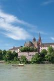 Paesaggio urbano di Basilea con il traghetto Fotografia Stock Libera da Diritti
