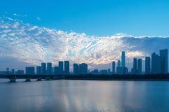 Paesaggio urbano di Chang-Sha nel primo mattino fotografie stock