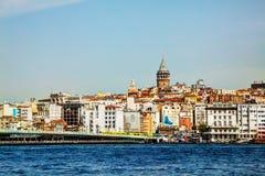Paesaggio urbano di Costantinopoli con la torre di Galata Fotografia Stock Libera da Diritti