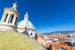 Paesaggio urbano di Cuenca e cupola della cattedrale Fotografia Stock