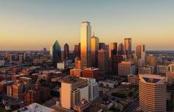 Paesaggio urbano di Dallas, il Texas al tramonto, U.S.A. Fotografie Stock Libere da Diritti