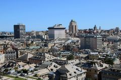 Paesaggio urbano di Genova fotografia stock libera da diritti