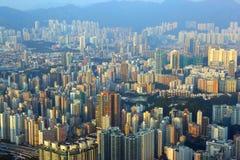 Paesaggio urbano di Hong Kong al tramonto Immagini Stock Libere da Diritti