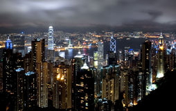Paesaggio urbano di Hong Kong alla notte Fotografia Stock