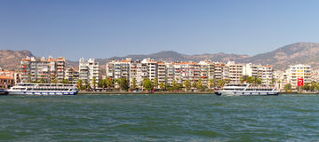 Paesaggio urbano di Karsiyaka Smirne Fotografia Stock Libera da Diritti
