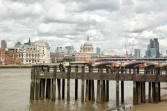 Paesaggio urbano di Londra e del Tamigi Immagine Stock