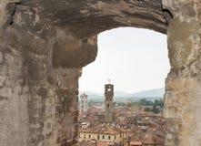 Paesaggio urbano di Lucca dalla torre di Guinigi, Toscana, Italia Fotografia Stock