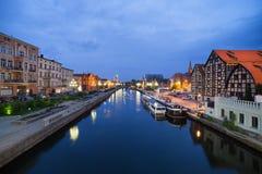 Paesaggio urbano di notte di Bydgoszcz Fotografie Stock