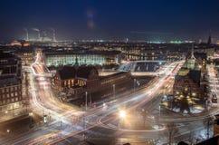 Paesaggio urbano di notte di Copenhaghen Fotografia Stock