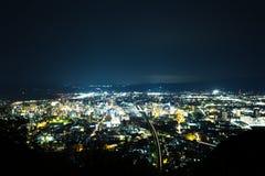 Paesaggio urbano di notte di Fukushima immagini stock