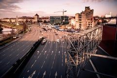 Paesaggio urbano di nuove e vecchie parti della città immagine stock