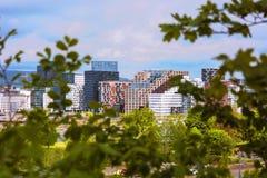 Paesaggio urbano di Oslo visto da sopra con una vista dei grattacieli e Immagini Stock
