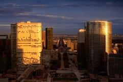 Paesaggio urbano di Parigi all'alba fotografia stock
