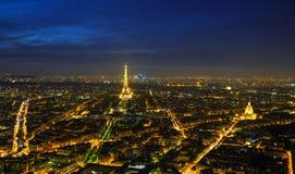 Paesaggio urbano di Parigi con la torre Eiffel Immagini Stock