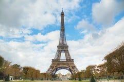 Paesaggio urbano di Parigi con la torre Eiffel Immagine Stock Libera da Diritti