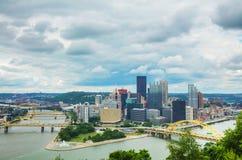 Paesaggio urbano di Pittsburgh con il fiume Ohio Immagine Stock Libera da Diritti