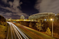 Paesaggio urbano di Portland dall'autostrada senza pedaggio I-84 Immagini Stock Libere da Diritti