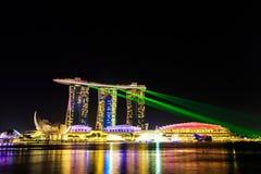 Paesaggio urbano di Singapore alla notte, Singapore - 17 gennaio 2015 Immagine Stock
