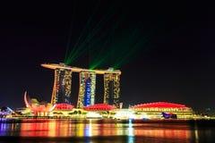 Paesaggio urbano di Singapore alla notte, Singapore - 17 gennaio 2015 Fotografia Stock