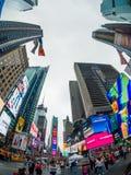 Paesaggio urbano di tempo di giorno di Time Square immagini stock libere da diritti