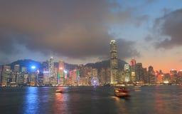 Paesaggio urbano di tramonto di Hong Kong Fotografie Stock Libere da Diritti