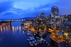 Paesaggio urbano di Vancouver alla notte Fotografia Stock Libera da Diritti