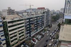 Paesaggio urbano e costruzioni a Mandalay fotografia stock libera da diritti