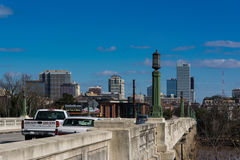 Paesaggio urbano Gervais Bridge Columbia South Carolina U.S.A. Fotografia Stock Libera da Diritti